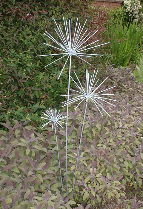 Allium sculptures by Iron Vein designer makers